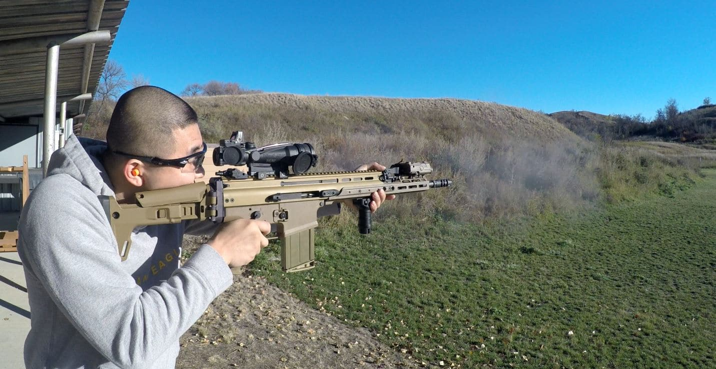 scar17 with Trijicon ACOG with RMR piggyback setup