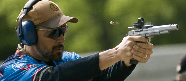 USPSA handgun shooting