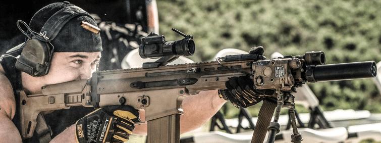 FN SCAR17 with Vortex StrikeFire 2 Red Dot Sight