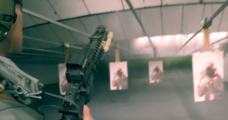 DD-mk18-full-auto-indoor-range-with-surefire-m600-scout
