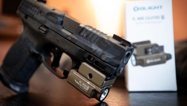 MP 9mm with Olight PL mini 2