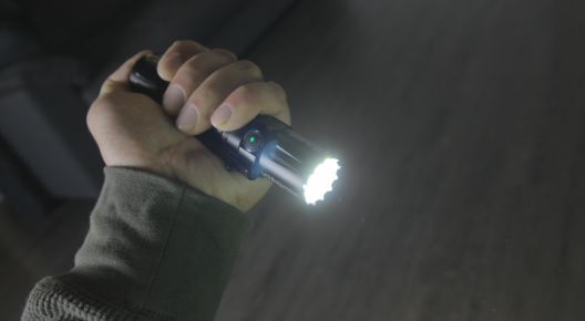 olight m2r pro handheld tactical grip