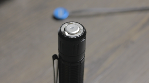 olight m2r pro tail cap button