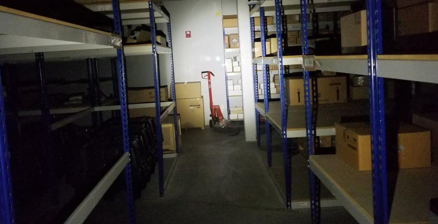 Olight baldr pro low light warehouse