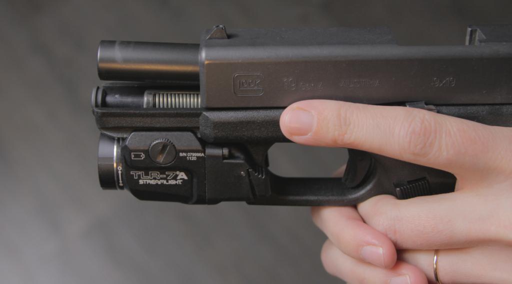 Streamlight TLR 7 a on glock 19 gen 4 slide open
