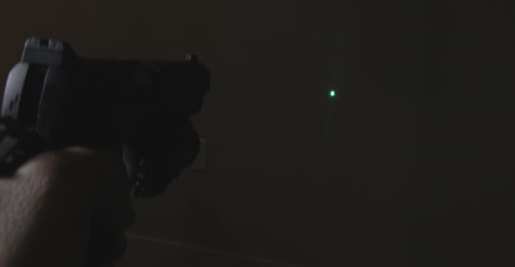 olight baldr pro green laser on kimber 1911