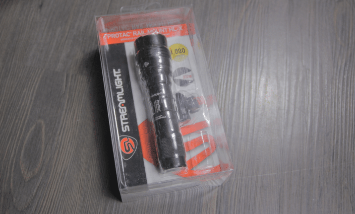 streamlight protac hl x rail mount packaging