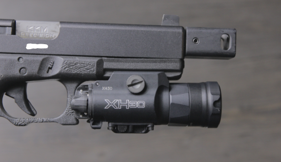 glock 17 with surefire xh30
