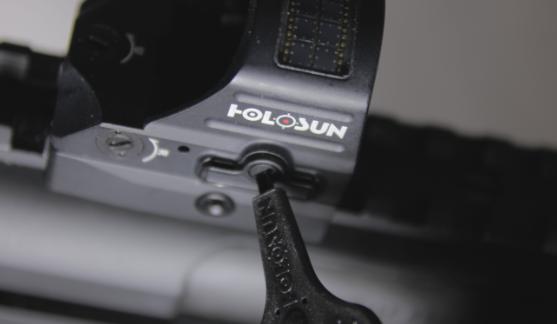 holosun 507c x2 battery tray access