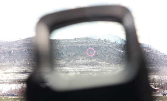 eotech reticle bright sunny day with snow reflection