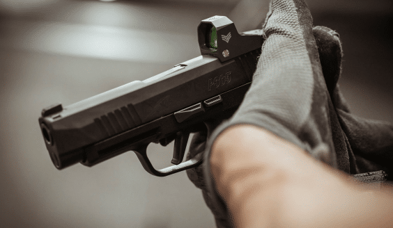 swampfox sentinel on p365 tactical grip