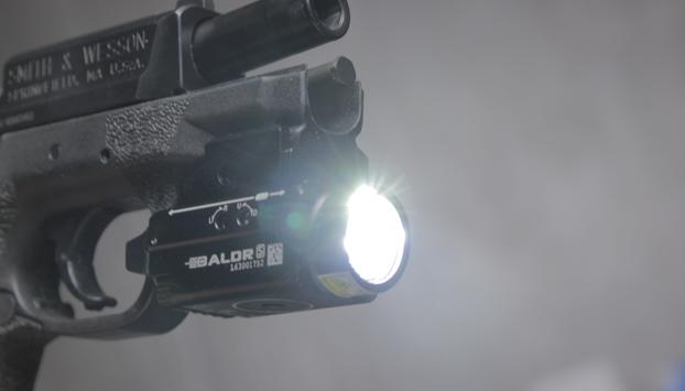 olight baldr s light front view